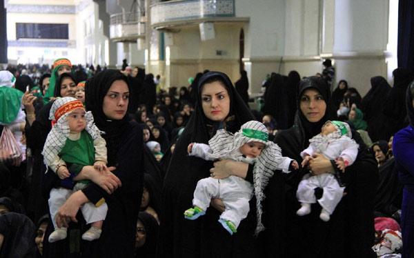 """Iran ra dự luật biến phụ nữ thành """"máy đẻ"""" - 2"""