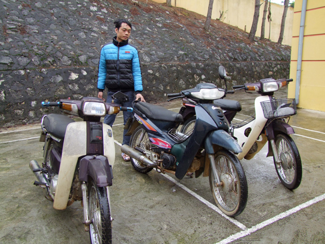 Trộm hàng loạt xe máy mang đi bán… đồng nát - 1