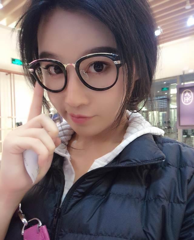 Hot girl ĐH Bắc Kinh khoe ảnh tập thể hình đẹp hút hồn - 10