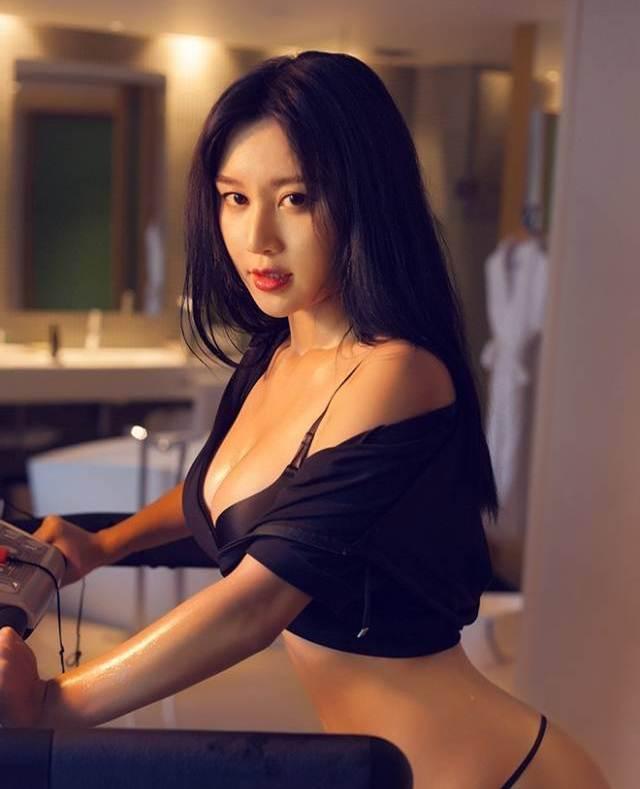 Hot girl ĐH Bắc Kinh khoe ảnh tập thể hình đẹp hút hồn - 12
