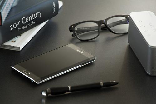 Samsung S6 ra mắt, Samsung đời cũ giảm giá kịch sàn - 3