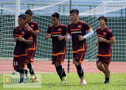U23 Việt Nam: Tuấn Anh ghi bàn, ông Miura cực vui - 13