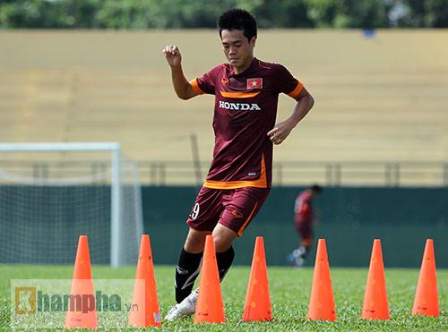 U23 Việt Nam: Tuấn Anh ghi bàn, ông Miura cực vui - 5