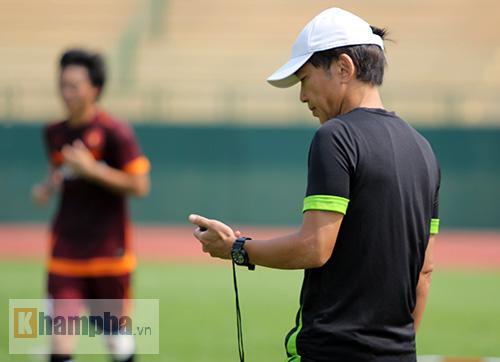 U23 Việt Nam: Tuấn Anh ghi bàn, ông Miura cực vui - 7