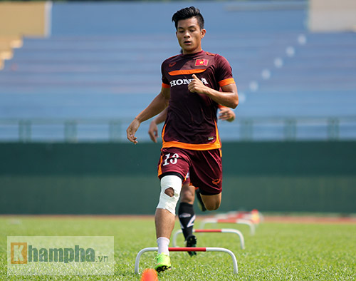 U23 Việt Nam: Tuấn Anh ghi bàn, ông Miura cực vui - 8
