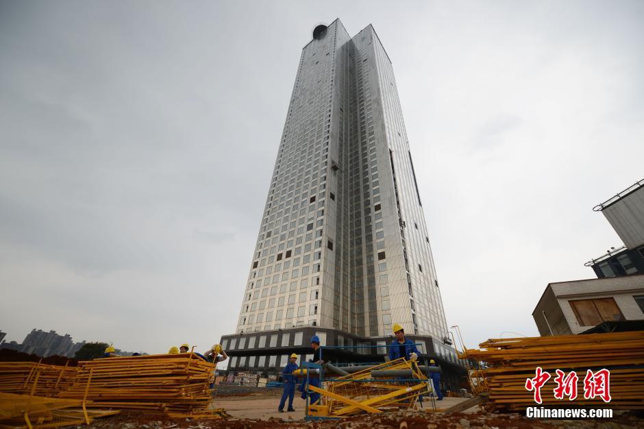 TQ: Xây tòa nhà 57 tầng chống động đất trong 19 ngày - 1