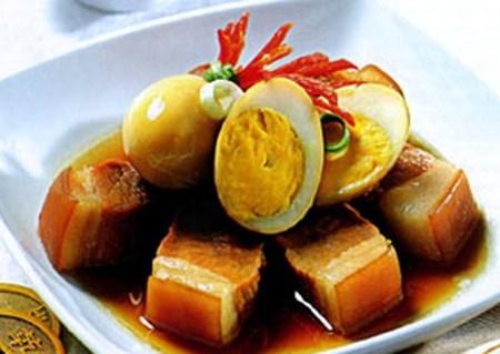 Thịt kho trứng cút đơn giản mà ngon - 1