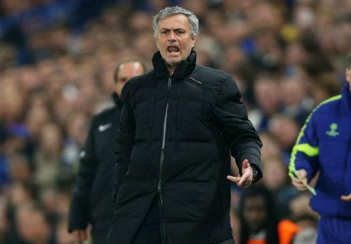 Chelsea: Xoay tua vượt đường đua - 2