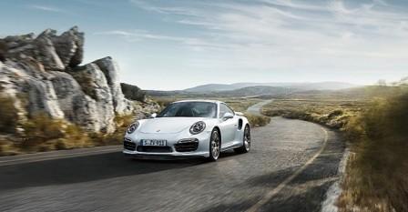 Porsche phát triển siêu xe cạnh tranh Ferrari và Lamborghini - 1