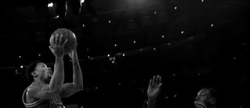 Derrick Rose: Nguồn cảm hứng cho các vận động viên trẻ - 2