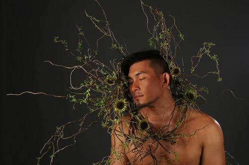 Nguyễn Hồng Ân mời sư thầy, linh mục hát trong album - 7