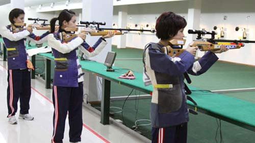 SEA Games 28: Bắn súng khó khăn, kiếm chém trẻ hóa - 1
