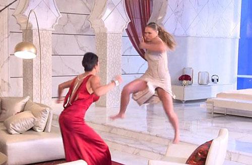 """""""Quá nhanh & nguy hiểm 7"""": Rousey đấu võ cực đỉnh - 1"""