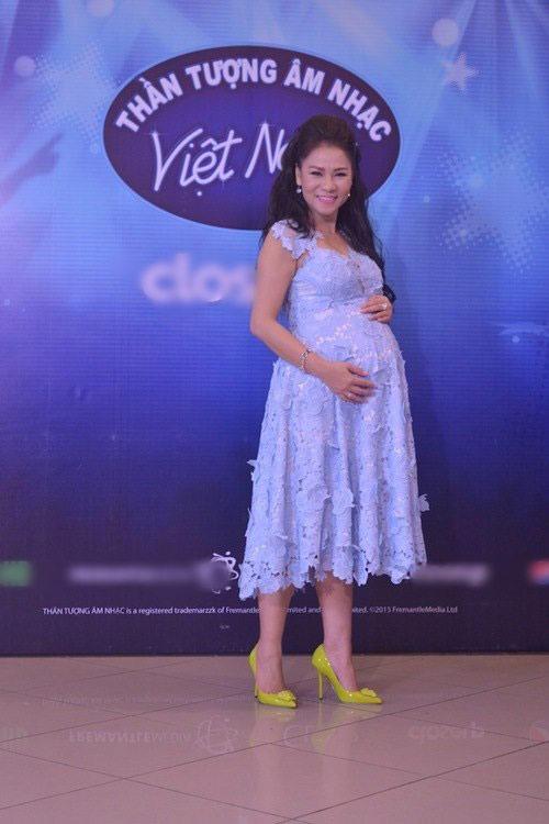 """""""Soi"""" bộ ba giám khảo mới Vietnam Idol - 1"""