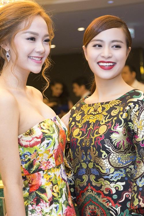 Minh Hằng, Hoàng Thùy Linh đọ sắc tại tiệc hoàng gia - 5