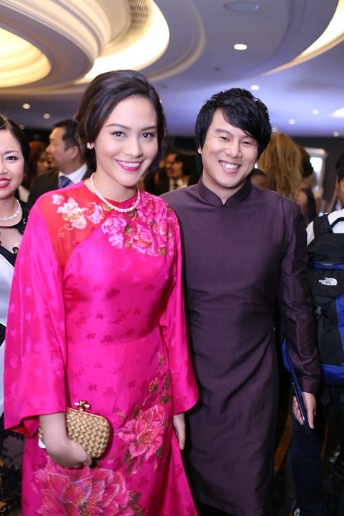 Minh Hằng, Hoàng Thùy Linh đọ sắc tại tiệc hoàng gia - 8