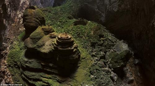"""""""Choáng"""" với cảnh quan hang Sơn Đoòng nhìn từ fly-cam - 2"""