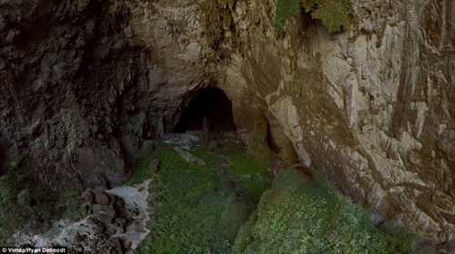 """""""Choáng"""" với cảnh quan hang Sơn Đoòng nhìn từ fly-cam - 5"""