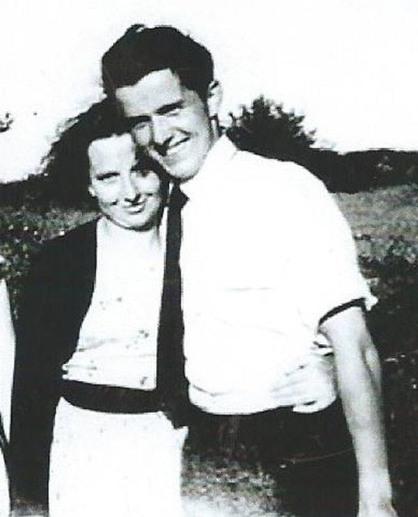 Kết hôn với tình đầu sau 51 năm xa cách - 1