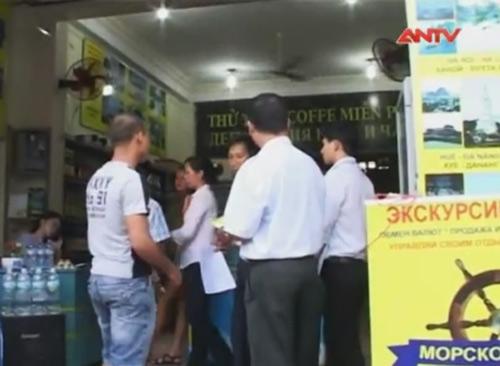 Tràn lan điểm bán tour trái phép tại Nha Trang - 1