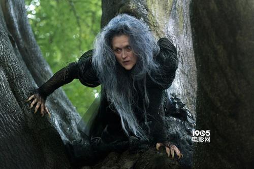 """Những dì ghẻ, phù thủy độc ác """"khét tiếng"""" trên màn ảnh - 9"""