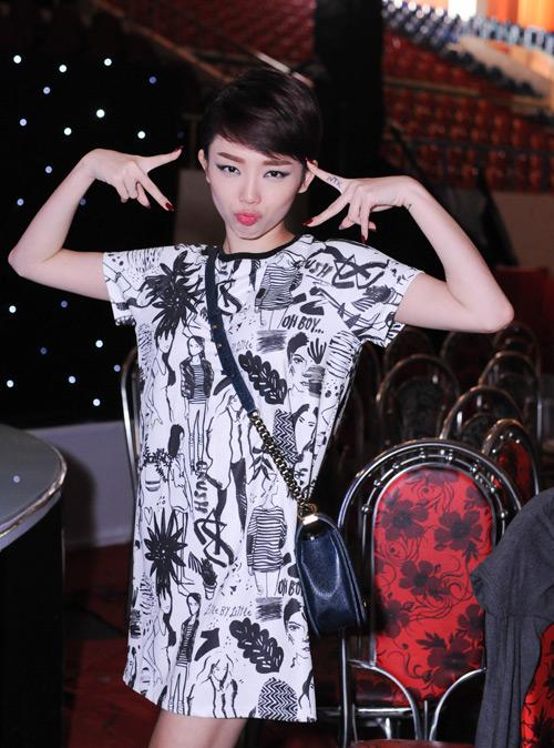 Đông Nhi háo hức làm thiếu nữ Nhật tại The Remix - 5