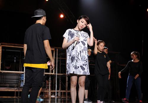 Đông Nhi háo hức làm thiếu nữ Nhật tại The Remix - 6