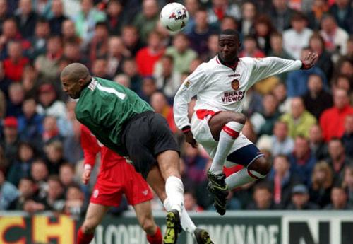 Liverpool đụng MU ở Anfield: Mối thù truyền kiếp - 3