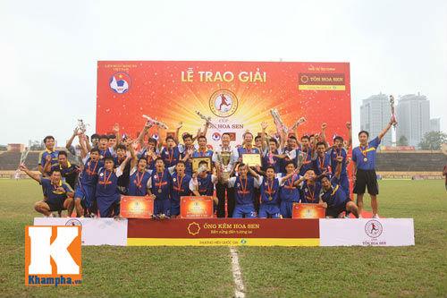 Chung kết giải U19 QG: Đội bóng nhà bầu Hiển mất Cup - 4