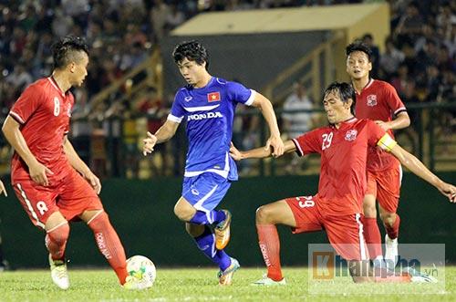 U23 Thái-U23 Việt Nam: Công Phượng so tài Messi Thái Lan - 1