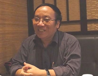 """Nhà thơ Trần Đăng Khoa: """"Đừng vu nhà tài trợ là lâm tặc"""" - 1"""