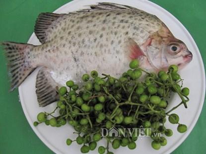 Tuyệt ngon món cá nâu kho trái giác ở Cà Mau - 1