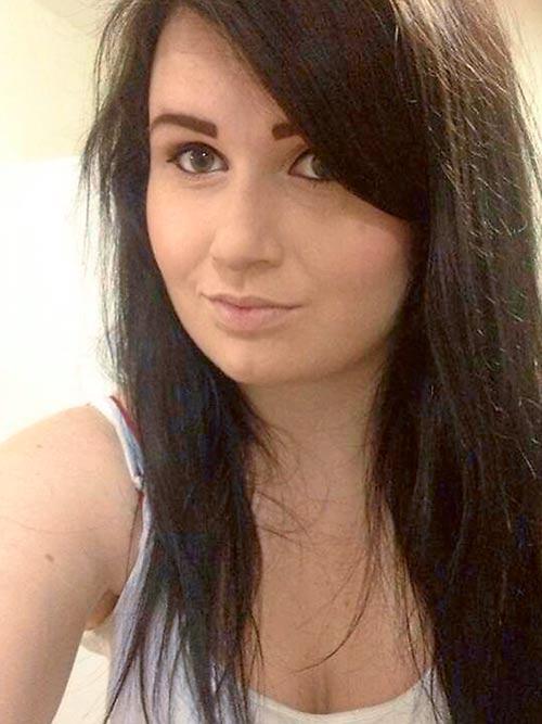 Cô gái trẻ xinh đẹp qua đời ngay sau ca sinh đôi - 3