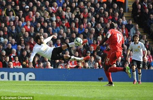 """Mata tái hiện """"siêu phẩm"""" của Rooney - 1"""