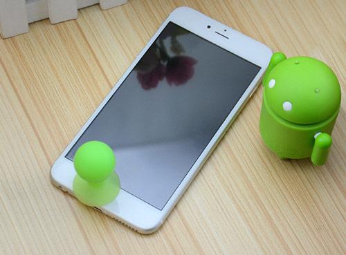 """Điểm mặt những điện thoại """"nhái"""" trắng trợn iPhone 6 - 8"""