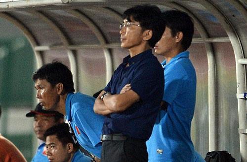 HLV Kiatisuk: U23 VN khiến chúng tôi toát mồ hôi - 1