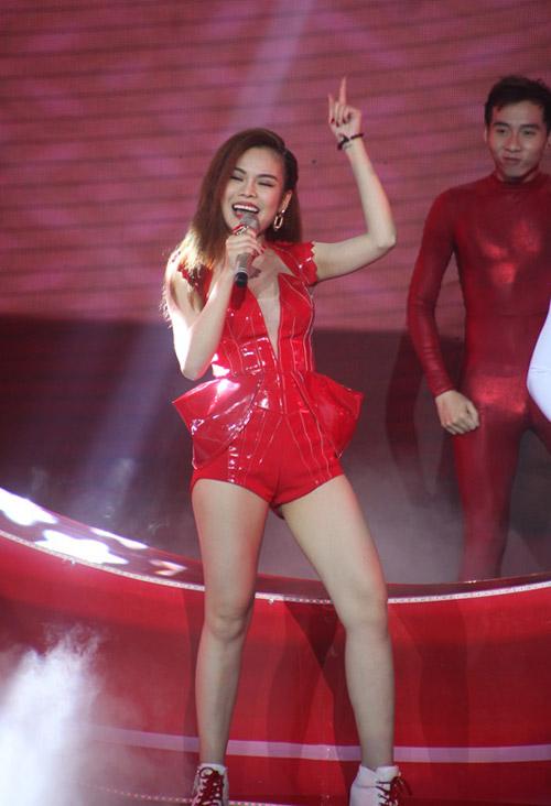 """Sơn Tùng lên top 1 The Remix sau """"nghi án"""" bỏ thi - 7"""