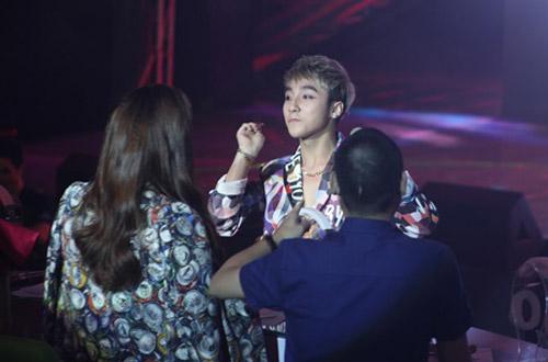 """Sơn Tùng lên top 1 The Remix sau """"nghi án"""" bỏ thi - 3"""