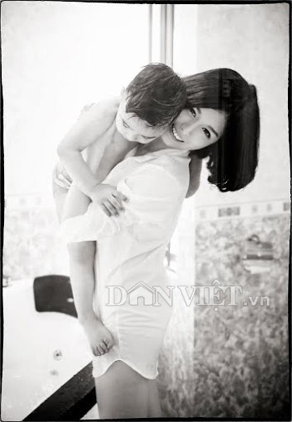 """Bộ ảnh """"Mom & Son"""" ngọt ngào của hot girl trường báo - 6"""