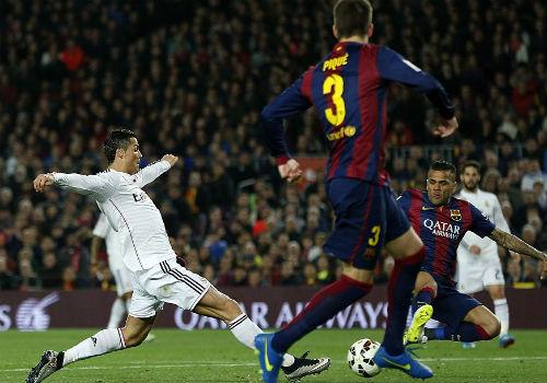 Enrique thận trọng, Ancelotti tin Real còn cơ hội vô địch - 1