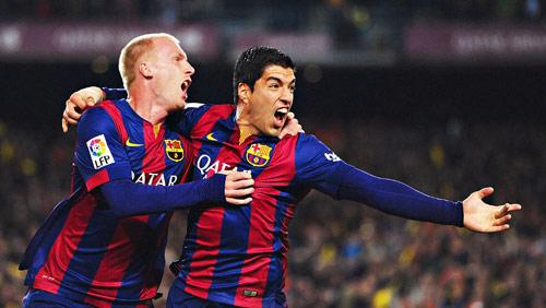"""Báo chí thế giới ca ngợi Suarez """"siêu anh hùng"""" ở Barca - 3"""