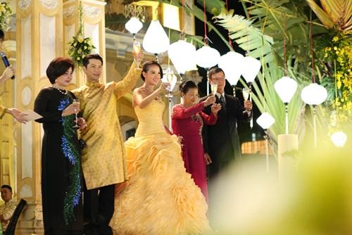 Ngắm tiệc cưới kiểu Pháp của Dustin Nguyễn và Bebe Phạm - 9