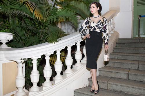 Hoa hậu Giáng My diện váy hàng hiệu gợi cảm - 2