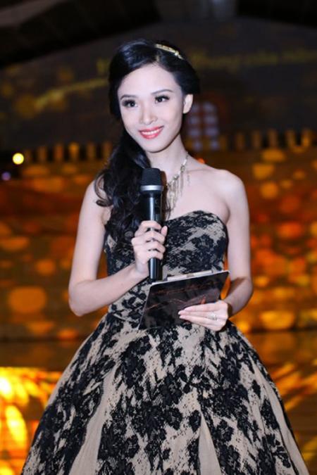 Hoa hậu Trương Hồ Phương Nga có thể bị tù chung thân - 1