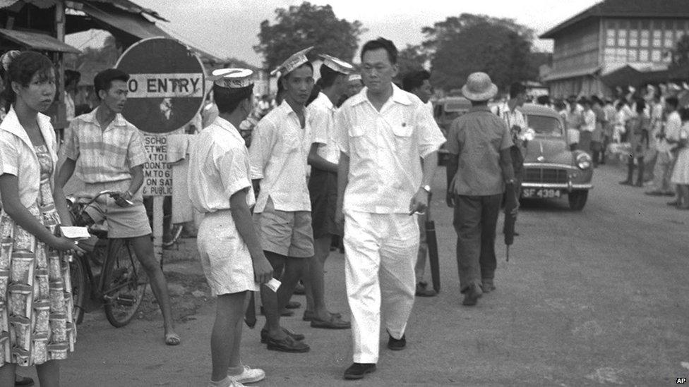 """10 phát ngôn """"gây sốc"""" của cố Thủ tướng Lý Quang Diệu - 2"""