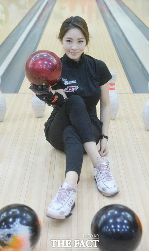 """Đường cong tuyệt hảo của """"nữ thần"""" bowling Hàn Quốc - 6"""