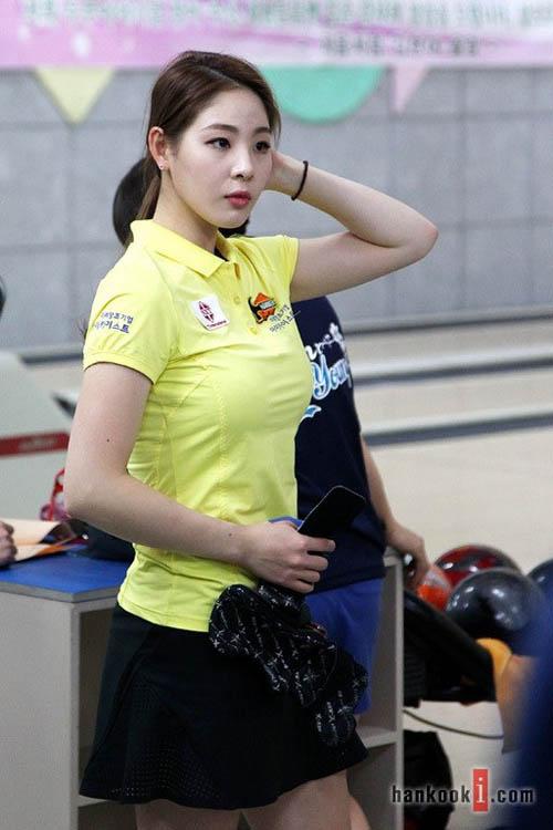"""Đường cong tuyệt hảo của """"nữ thần"""" bowling Hàn Quốc - 13"""