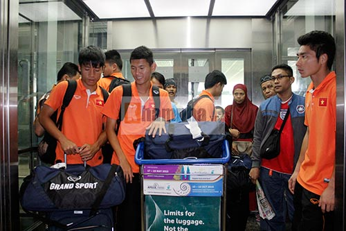 Có mặt ở Malaysia, U23 VN sẵn sàng cho trận đánh lớn - 10