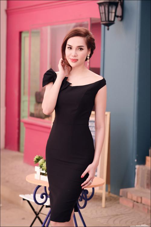 Hoa hậu Diệu Hân cuốn hút với váy hè - 5