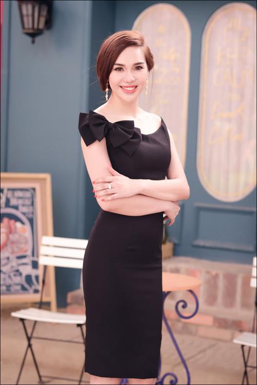 Hoa hậu Diệu Hân cuốn hút với váy hè - 7